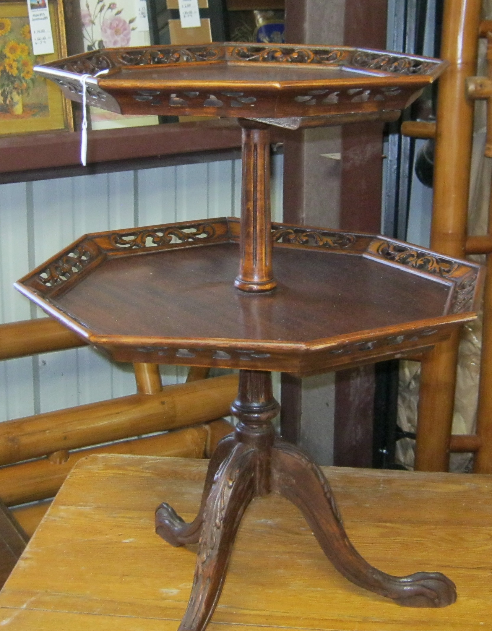 JD-14 Claw Footed Table-2