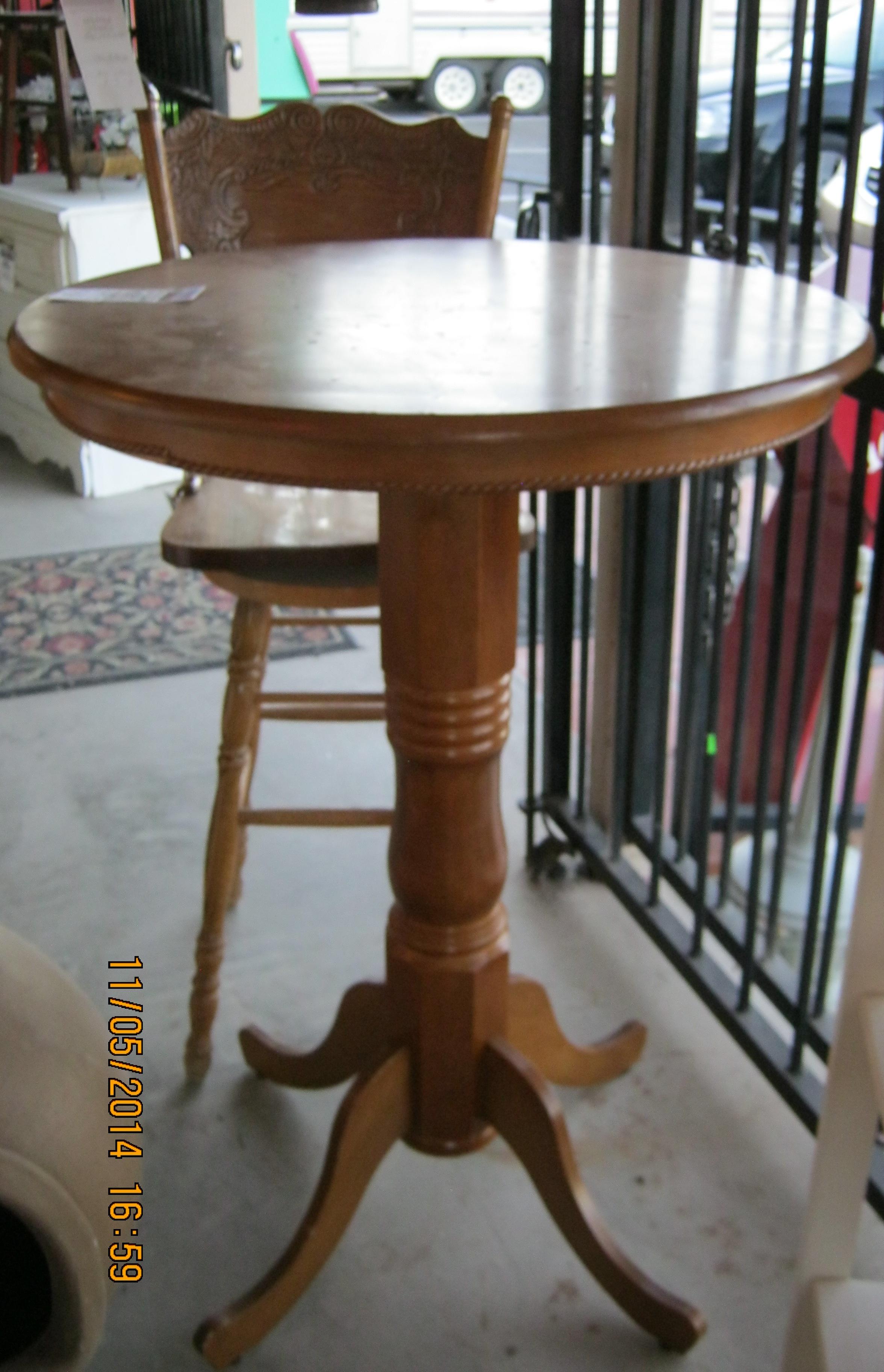 RS-08 Pub Table