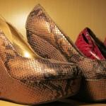 TG-25 Shoes